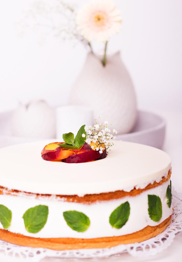 Multivitamin-Pfirsich-Joghurt-Torte