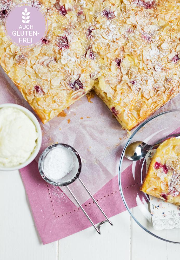 Buttermilchkuchen mit Früchten